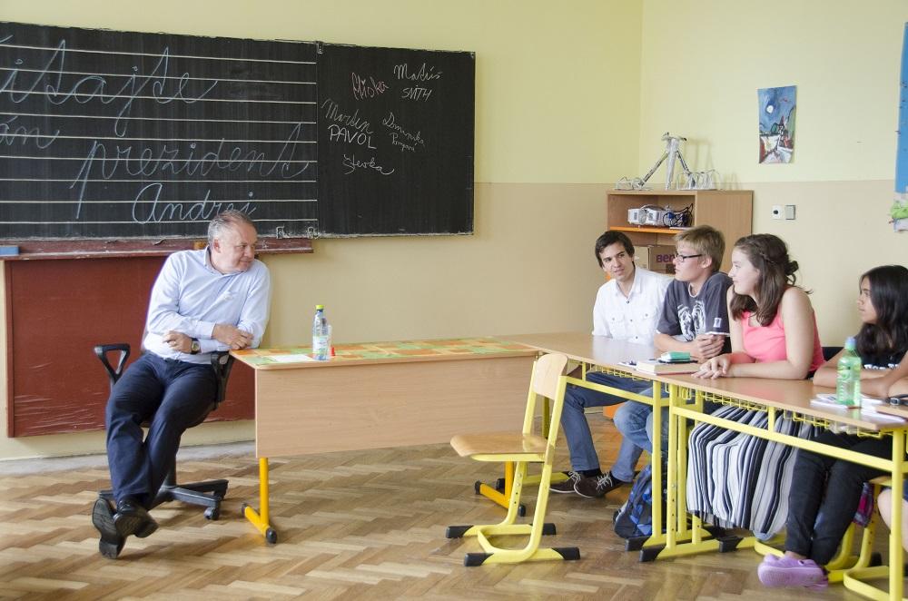 Prezident navštívil letnú školu Teach for Slovakia