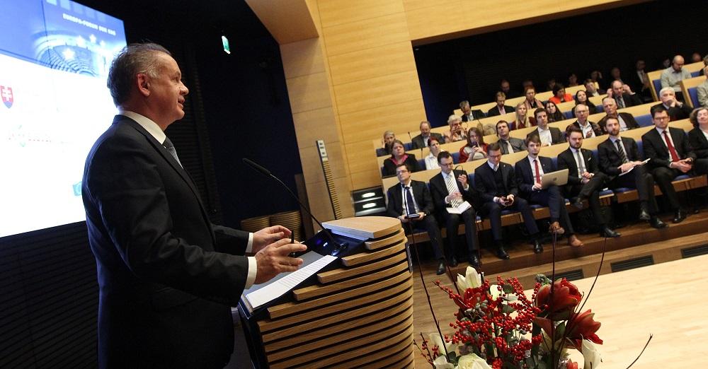 Kiska hovoril v Berlíne o obnovení dôvery v Európsku úniu