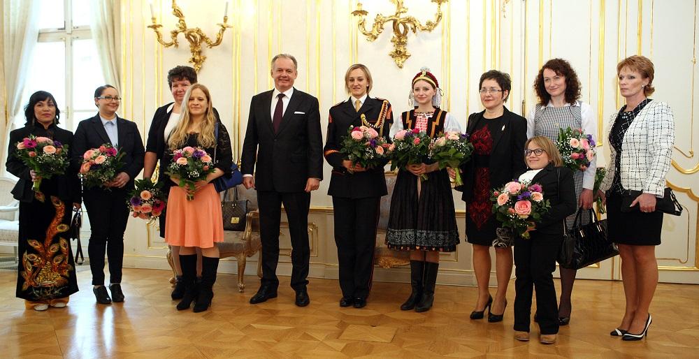 Andrej Kiska pozval desať žien na slávnostný obed