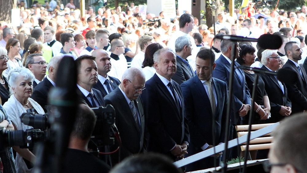 Na slávnostnej omši v Šaštíne sa zúčastnil aj prezident