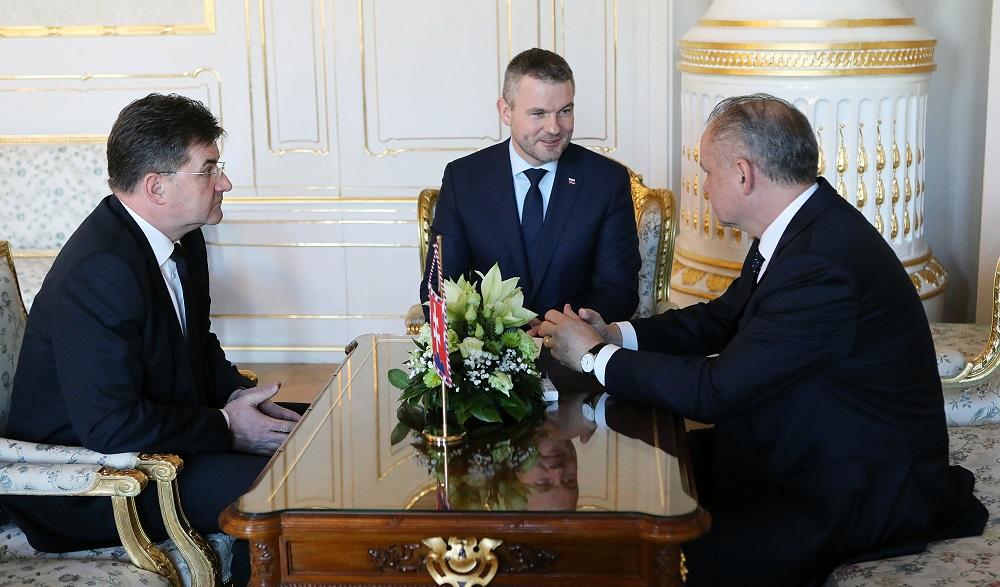 Kiska hovoril s Lajčákom a Pellegrinim o ministrovej demisii