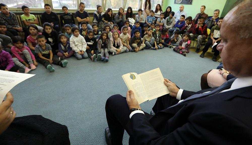 Prezident navštívil školy v Košiciach, diskutoval so študentmi