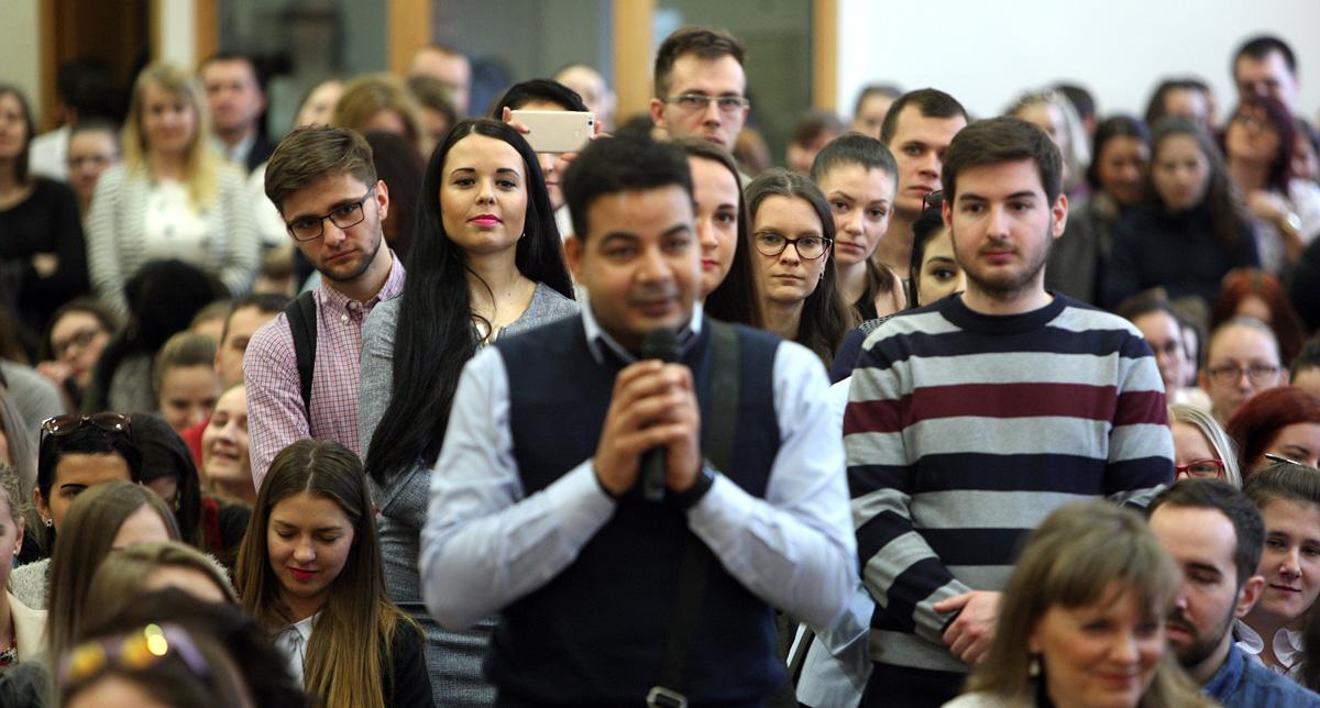 Prezident Kiska diskutoval so študentmi Trnavskej univerzity