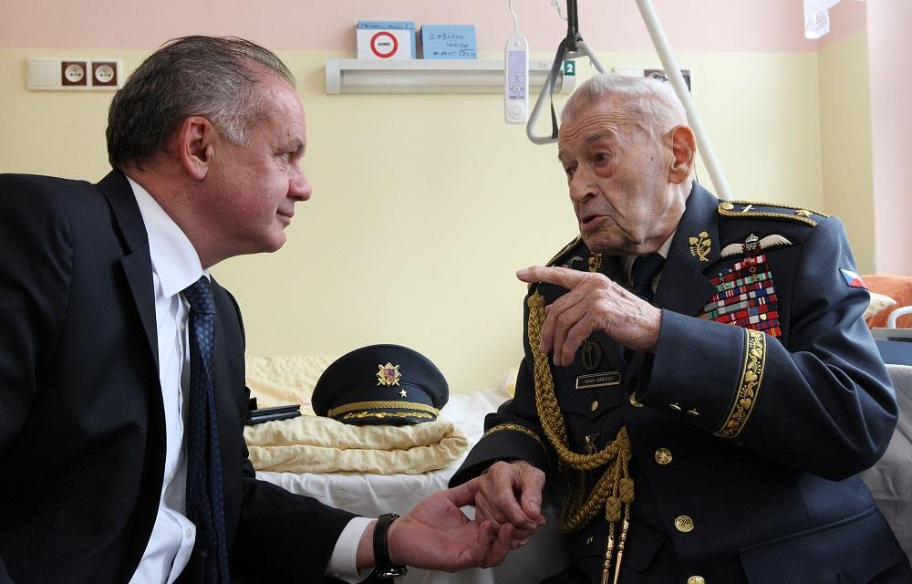 Kiska sa stretol s vojnovým veteránom Imrichom Gablechom
