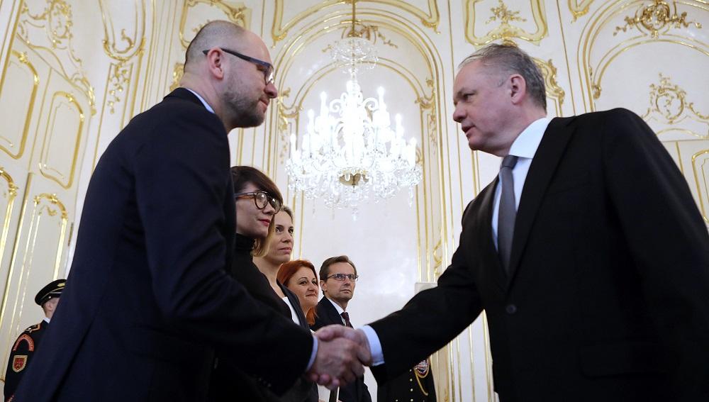 Andrej Kiska pokračoval v rokovaniach stretnutím so SaS