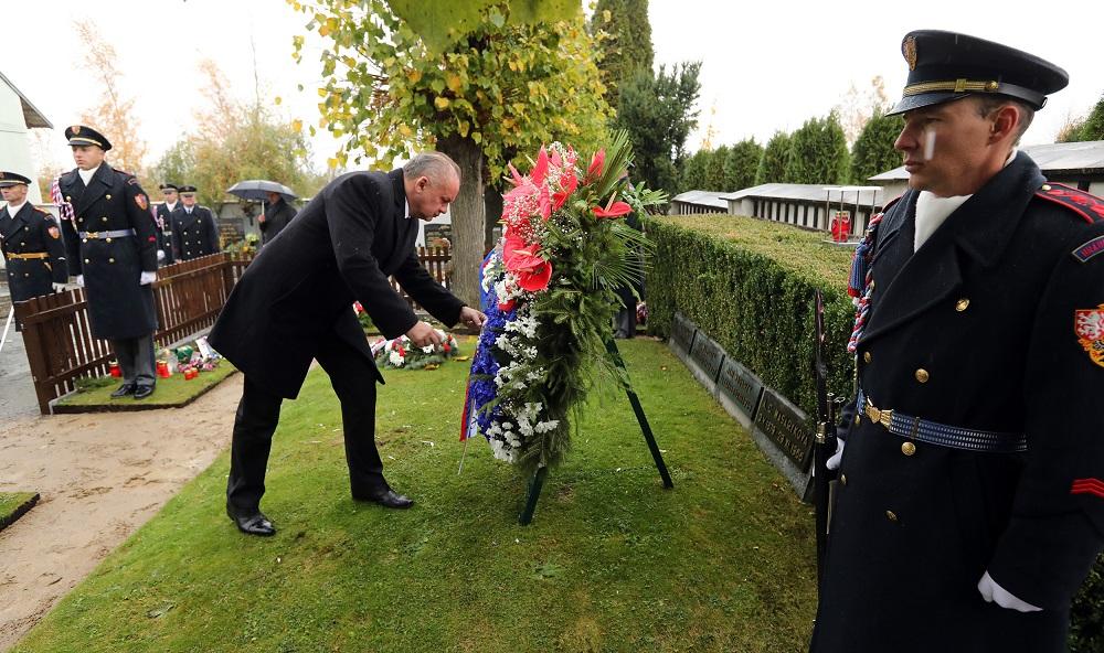Kiska si v Bratislave a Prahe pripomenul 100. výročie Československa