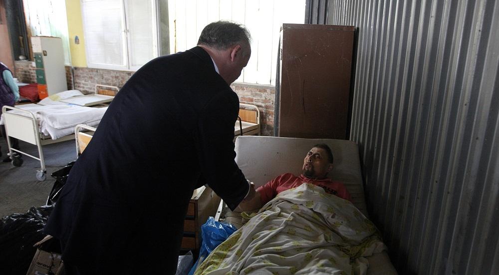 Prezident navštívil centrum Oáza, ktoré pomáha ľuďom bez domova