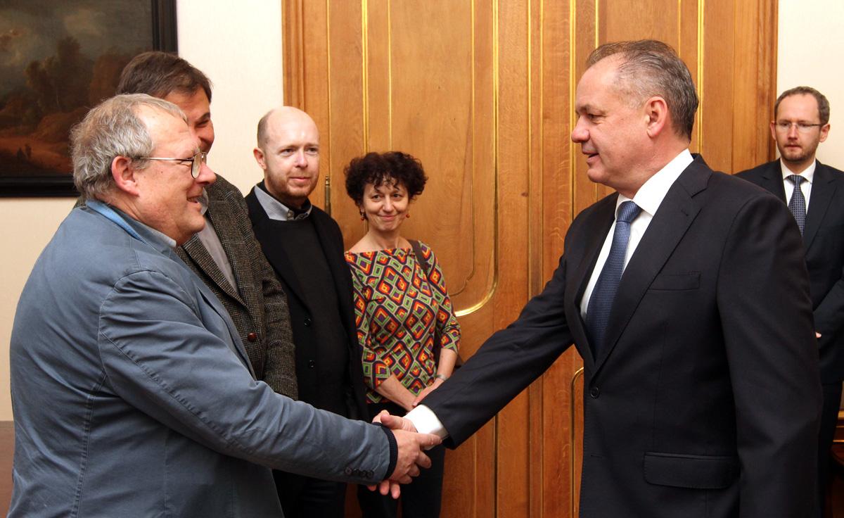 Prezident diskutoval s účastníkmi Stredoeurópskeho fóra