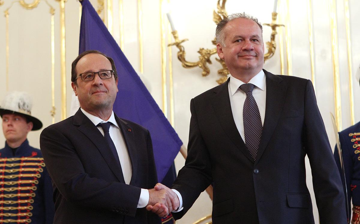 Kiska rokoval s francúzskym prezidentom Hollandom