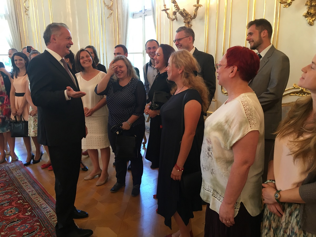Prezident diskutoval o školstve s účastníkmi Komenského inštitútu