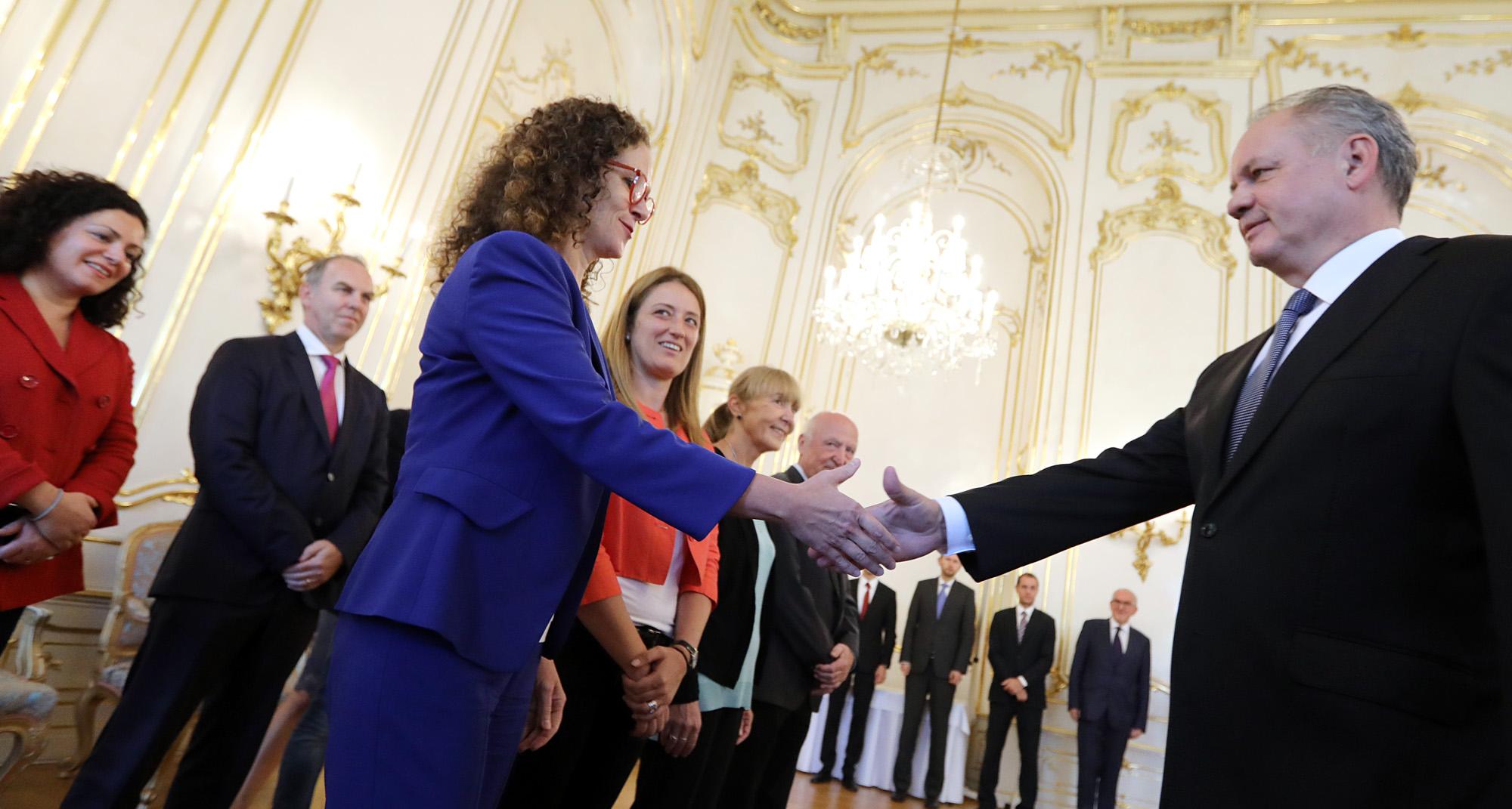Prezident sa stretol s europoslancami vo veci vyšetrovania vraždy Jána a Martiny