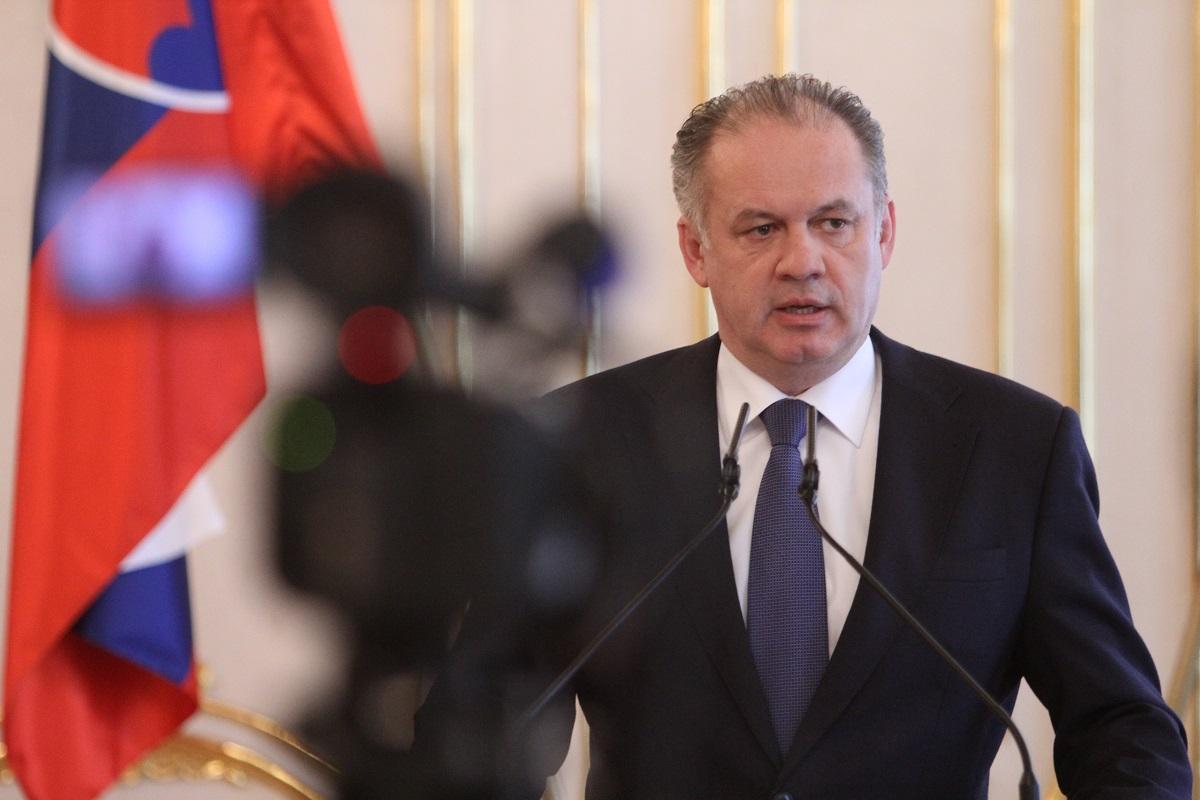 Prezident poslal na Ústavný súd zákon o štátnej cene