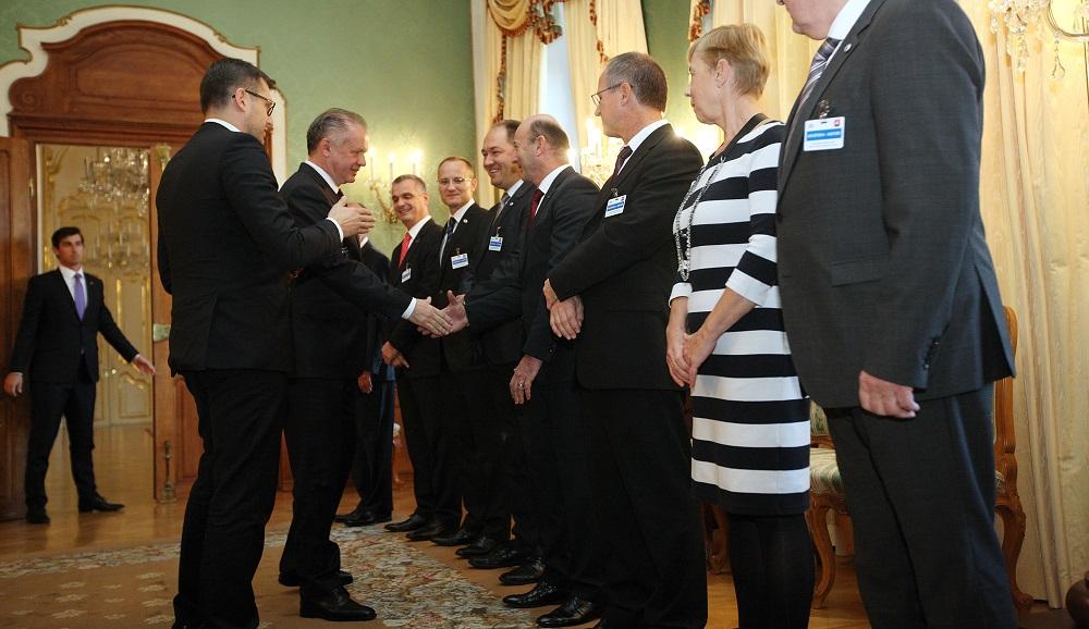 Prezident prijal plynárenský a naftový zväz