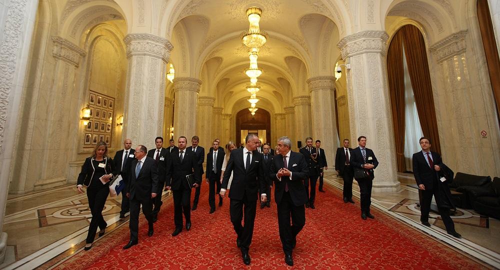 Prezident sa v Rumunsku venoval ekonomike a vymožiteľnosti práva