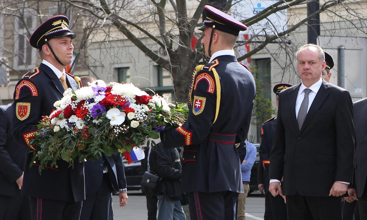 Prezident si pripomenul 71. výročie oslobodenia Bratislavy