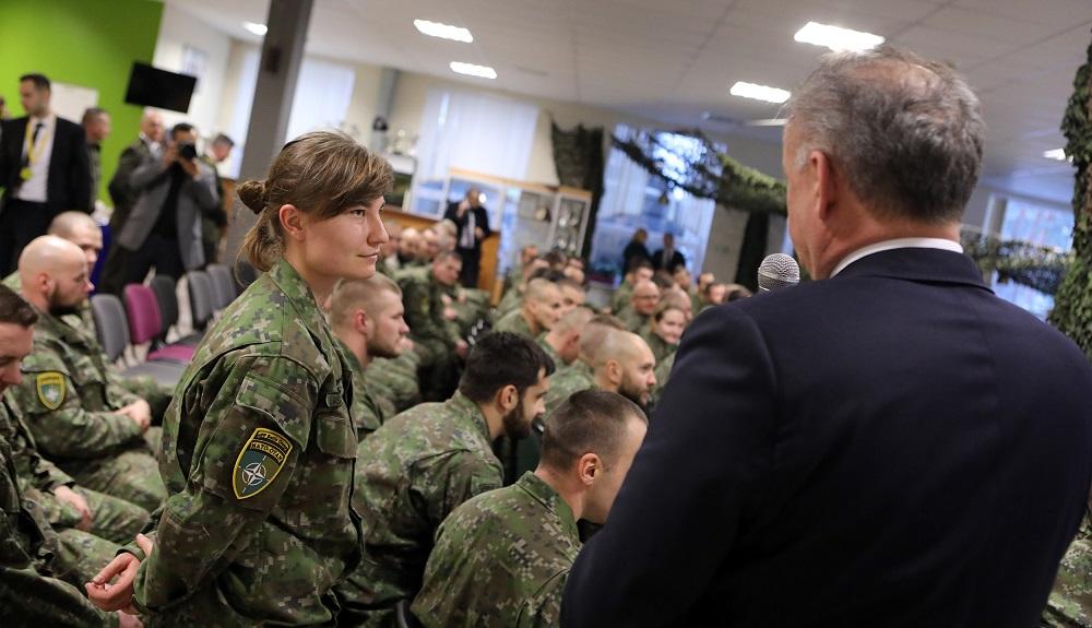 Prezident Kiska: Som hrdý na slovenských vojakov v Lotyšsku