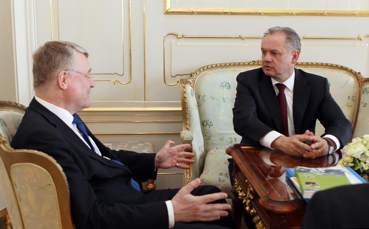 Prezident Kiska prijal predsedu Európskeho výboru regiónov