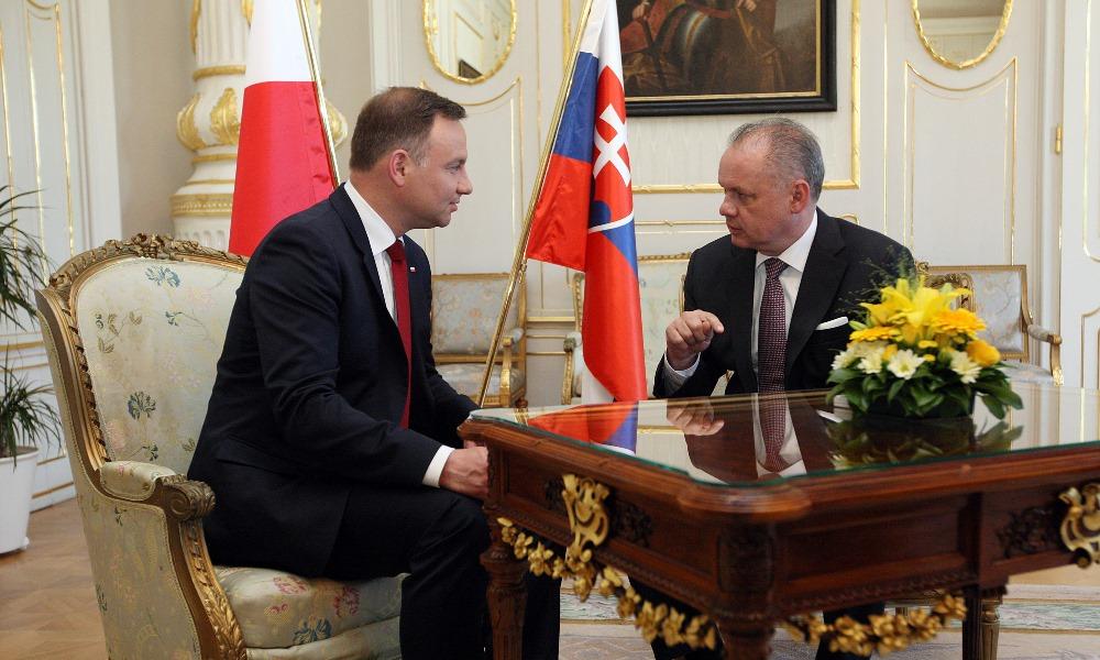 Kiska prijal poľského prezidenta: Nehádžme naše problémy len na Brusel