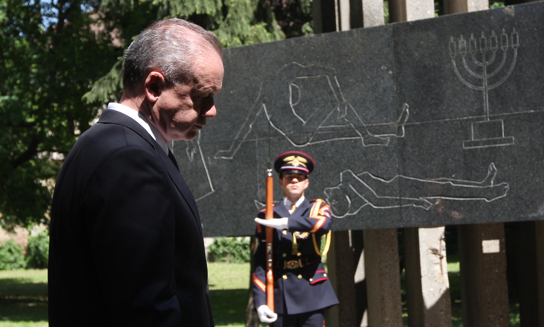 Prezident si v Seredi uctil obete druhej svetovej vojny