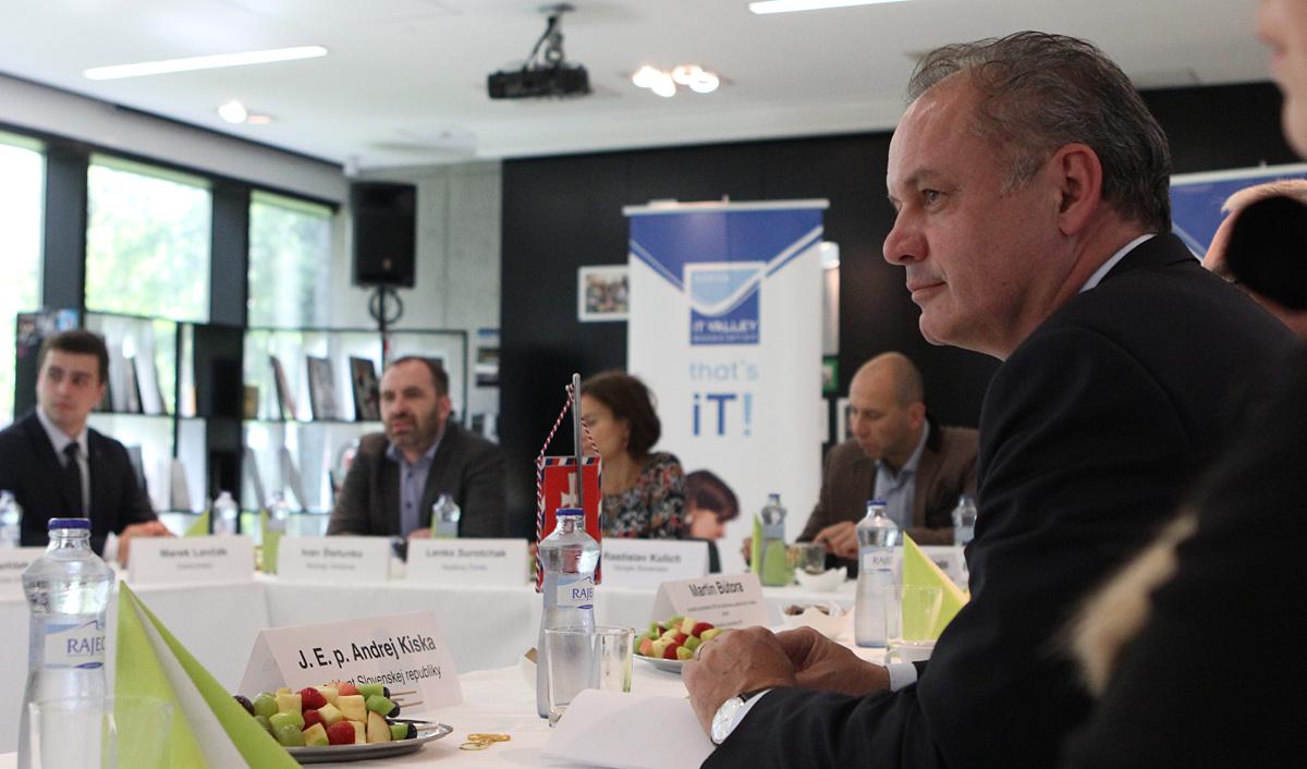 Prezident diskutoval v Košiciach o inováciách a startupoch
