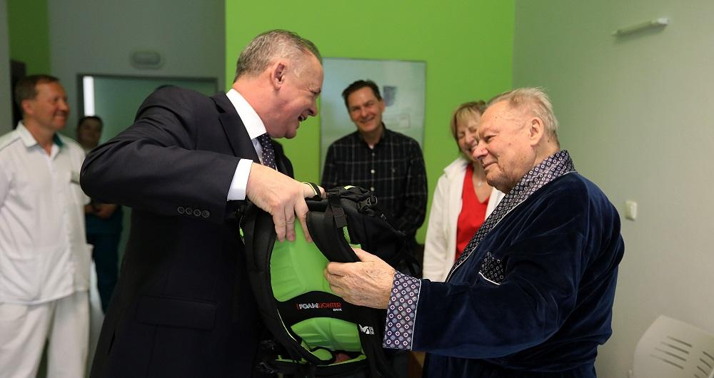 Prezident Kiska navštívil Rudolfa Schustera v nemocnici