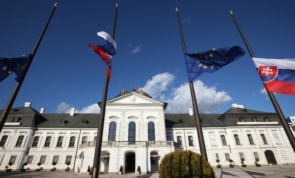 Andrej Kiska vyjadril úprimnú sústrasť Francúzsku po útokoch v Paríži