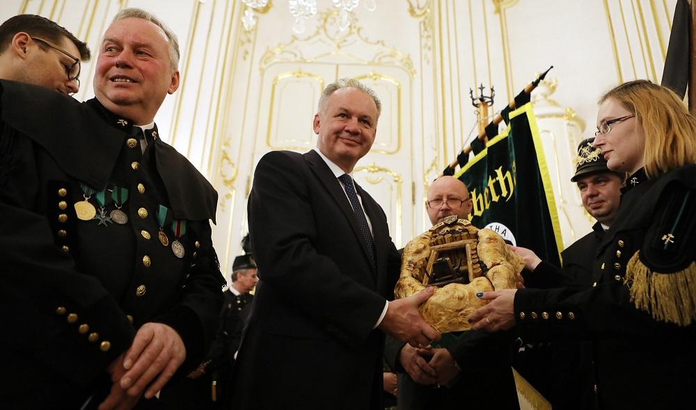 Andrej Kiska prijal baníkov v Prezidentskom paláci