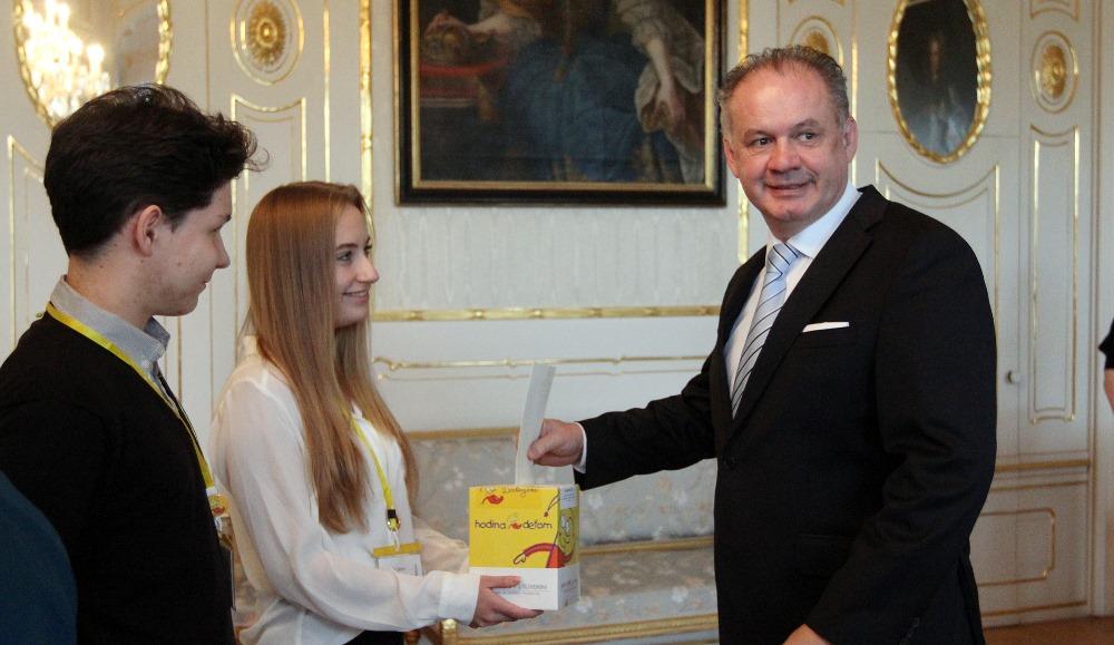 Andrej Kiska prijal zástupcov Hodiny deťom