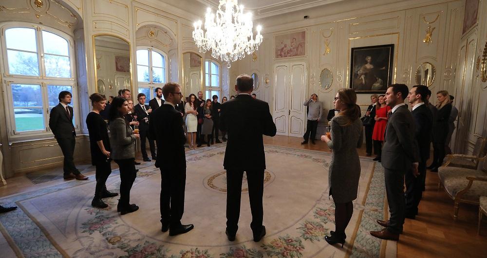 Prezident prijal laureátov ceny Most: Dobré myšlienky pohnú krajinou