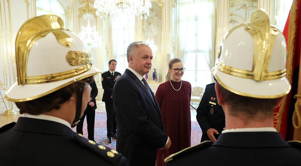 Andrej Kiska prijal v Prezidentskom paláci dobrovoľných hasičov
