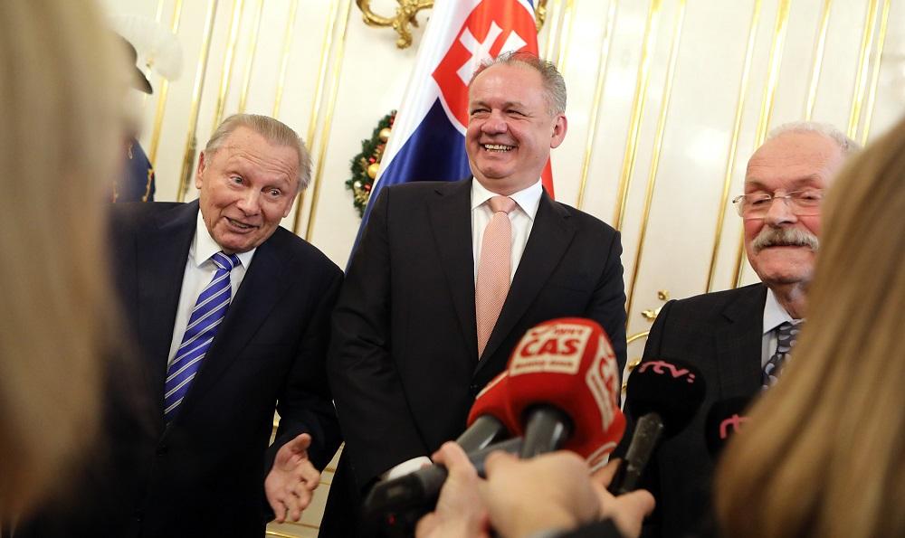 Prezident hostil bývalých prezidentov na novoročnom obede