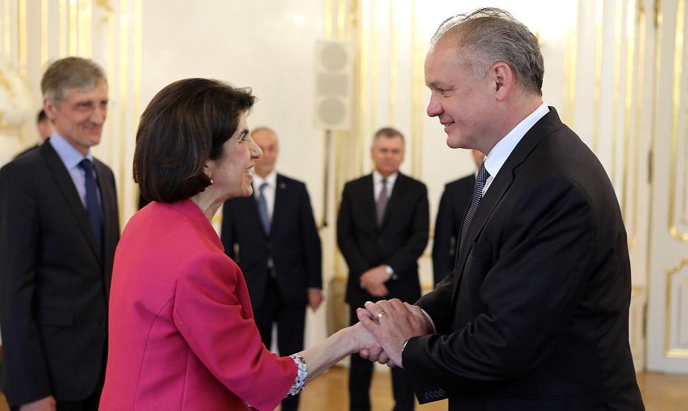 Prezident Kiska prijal generálnu riaditeľku CERN
