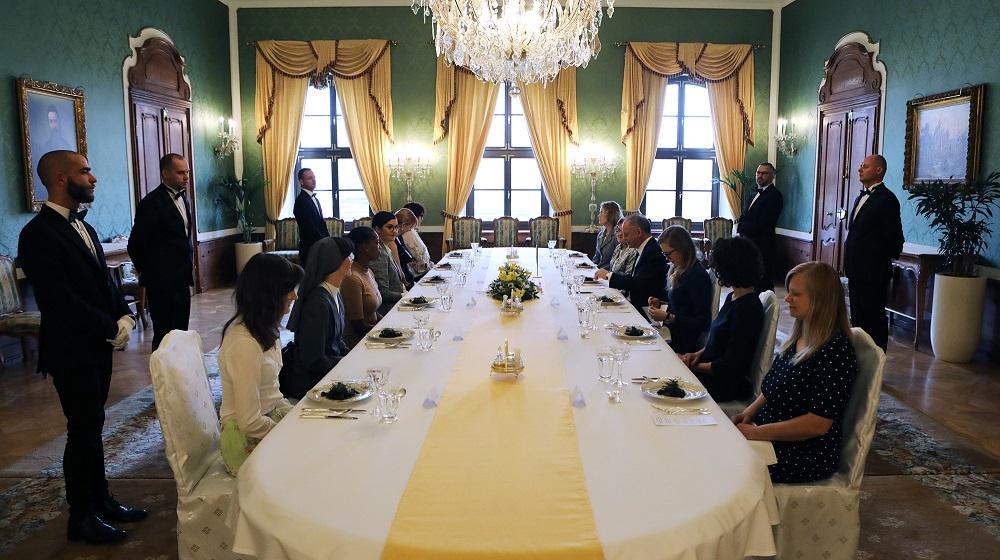 Prezident pozval 10 výnimočných žien na slávnostný obed k MDŽ