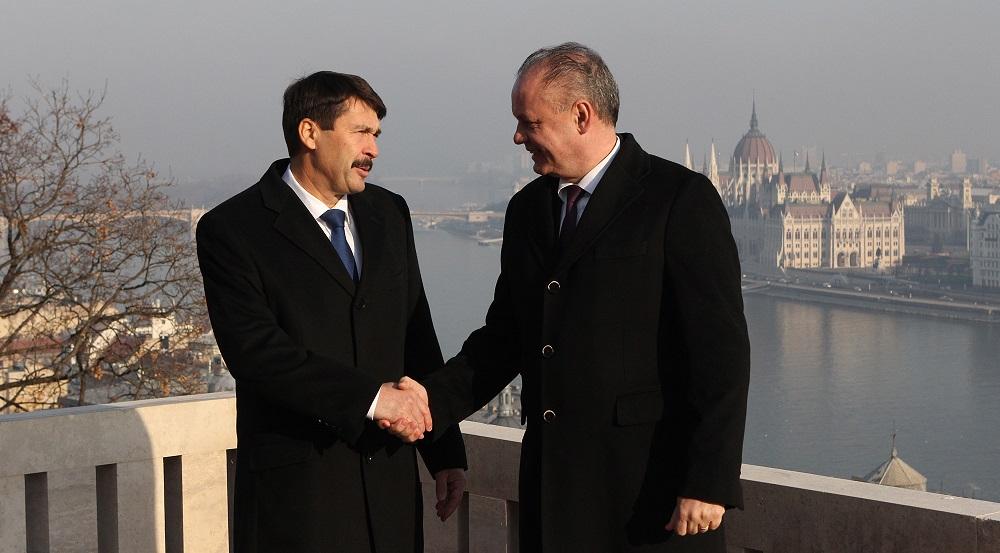 Prezident v utorok odcestuje na rozlúčkovú návštevu Maďarska
