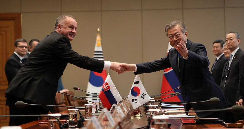 Prezident rokoval v Južnej Kórei o ekonomickej spolupráci
