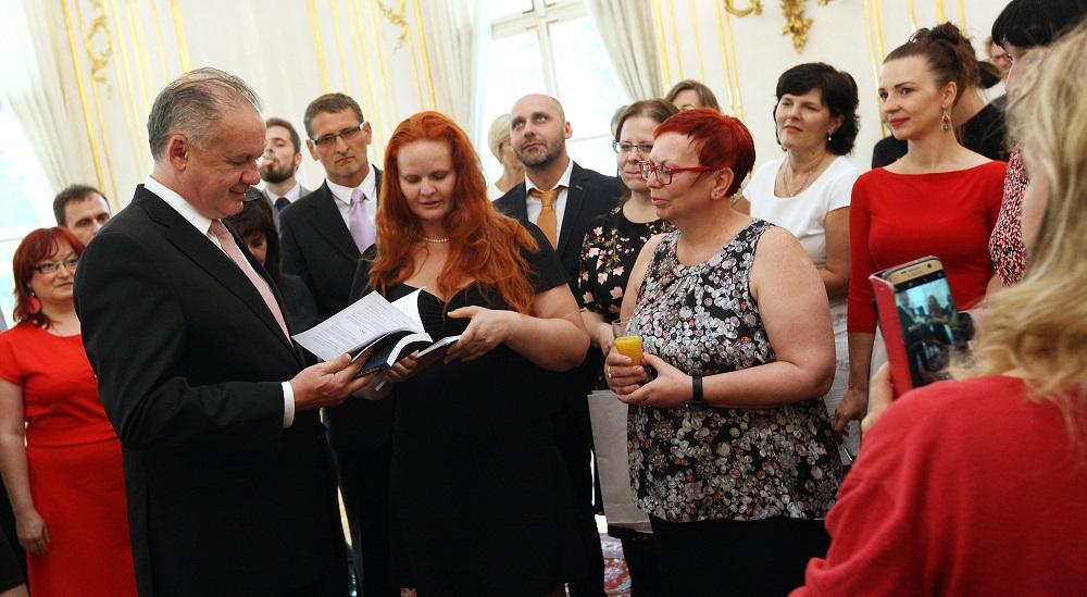 Prezident opäť prijal učiteľov zapojených do Komenského inštitútu
