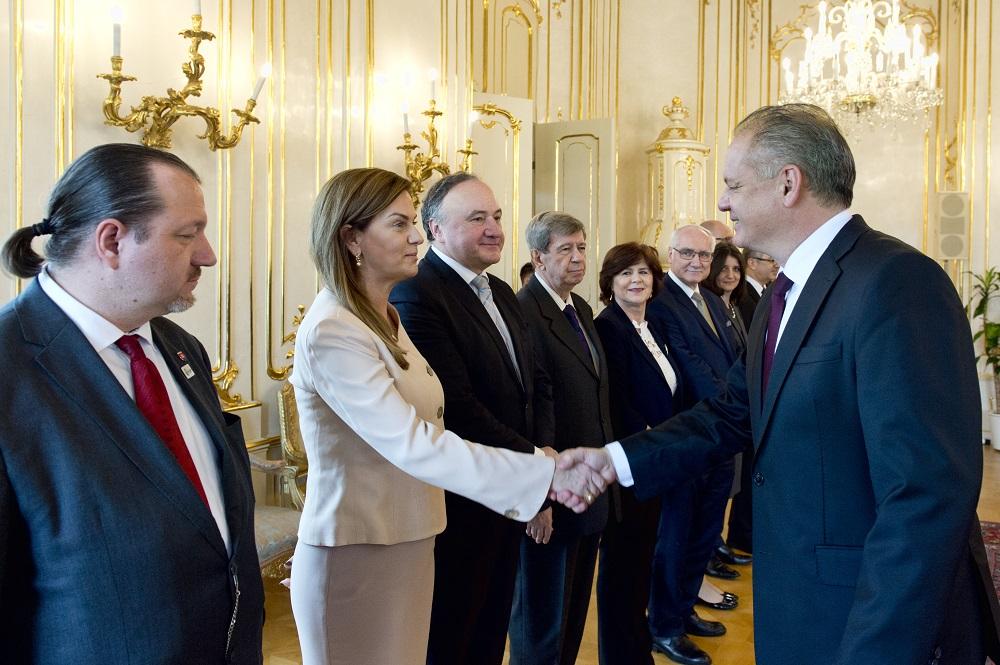 Prezident diskutoval so slovenskými europoslancami