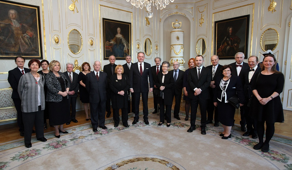 Prezident Andrej Kiska vyznamenal 20 osobností