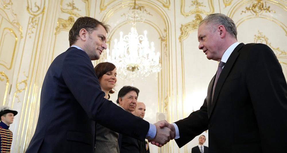 Prezident začal rokovania s politickými stranami