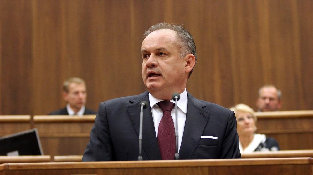 FB: Slovensko potrebuje schopného ministra školstva