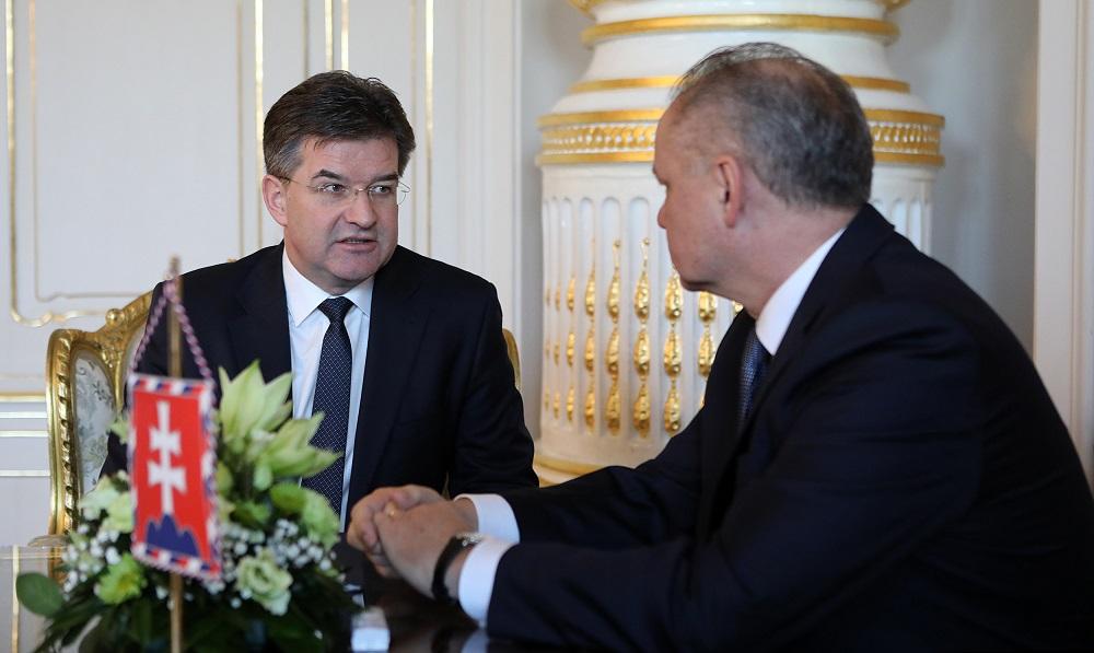 Prezident sa stretol s ministrom Lajčákom ohľadom jeho demisie