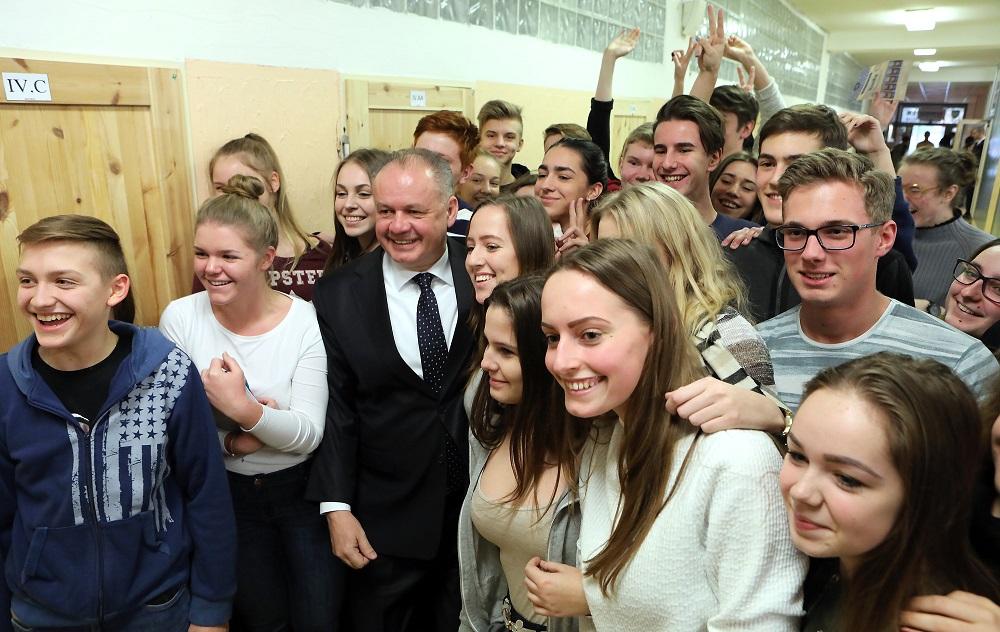 Prezident Kiska diskutoval so študentmi Gymnázia Bilíkova