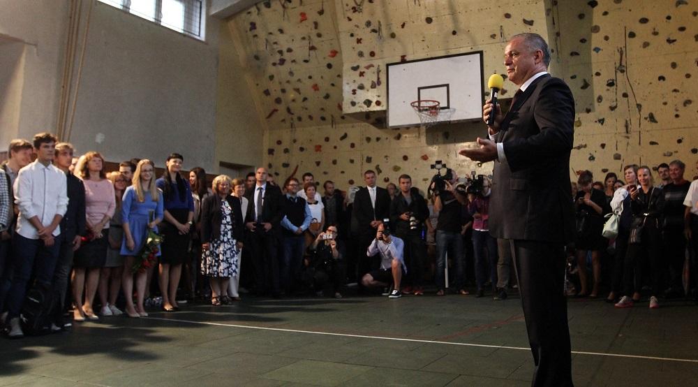 Prezident otvoril školský rok, bude ďalej tlačiť na lepšie školstvo