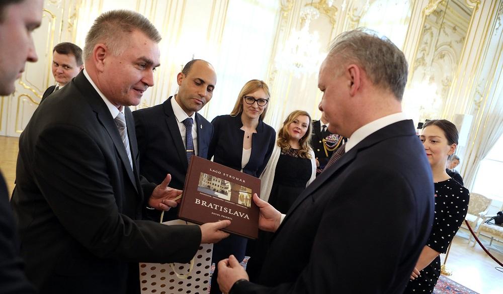 Prezident prijal laureátov súťaže Študentská osobnosť Slovenska 2017/2018