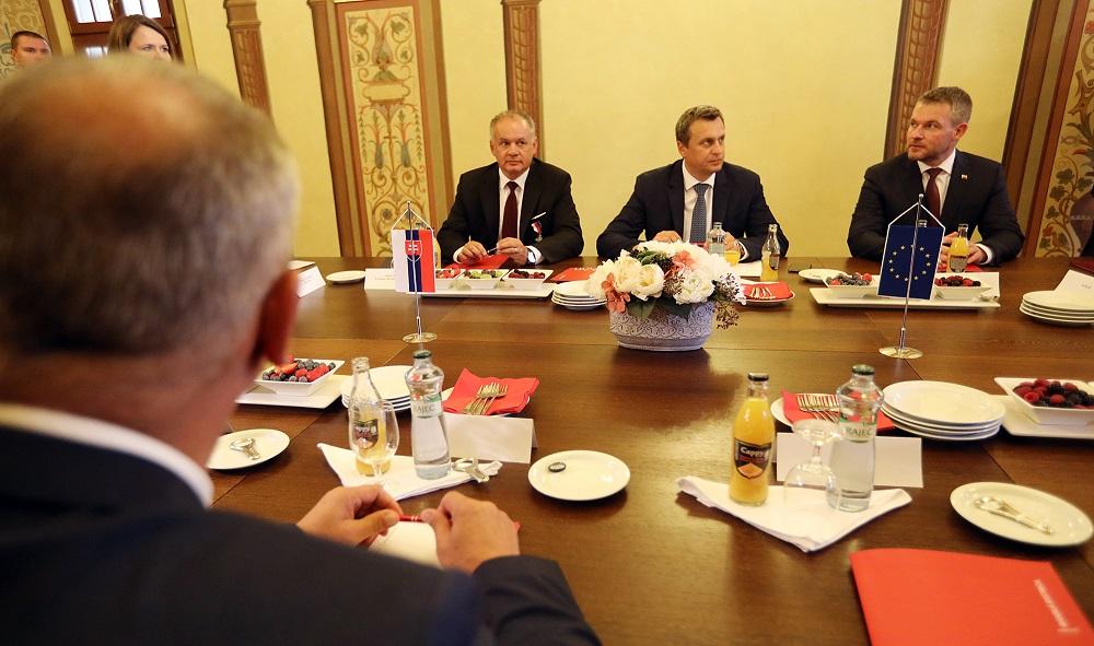 Kiska, Danko a Pellegrini diskutovali o extrémizme