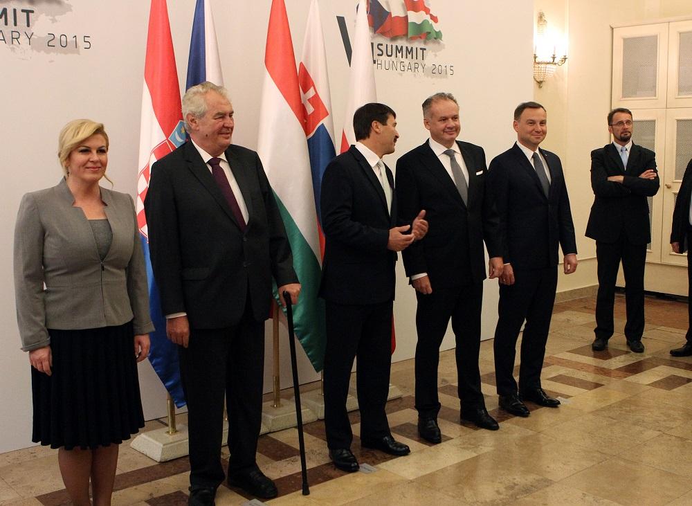 Prezidenti hovorili na samite V4 aj o Nord Streame 2 a migračnej kríze