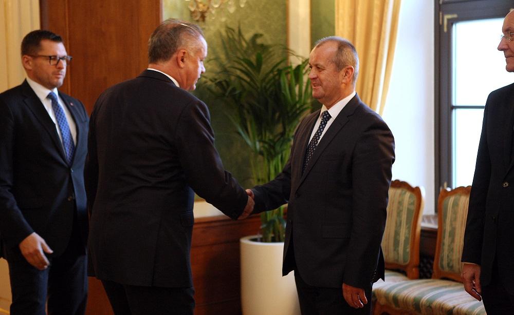 Prezident Kiska hovoril s ministrom Gajdošom o transparentnosti