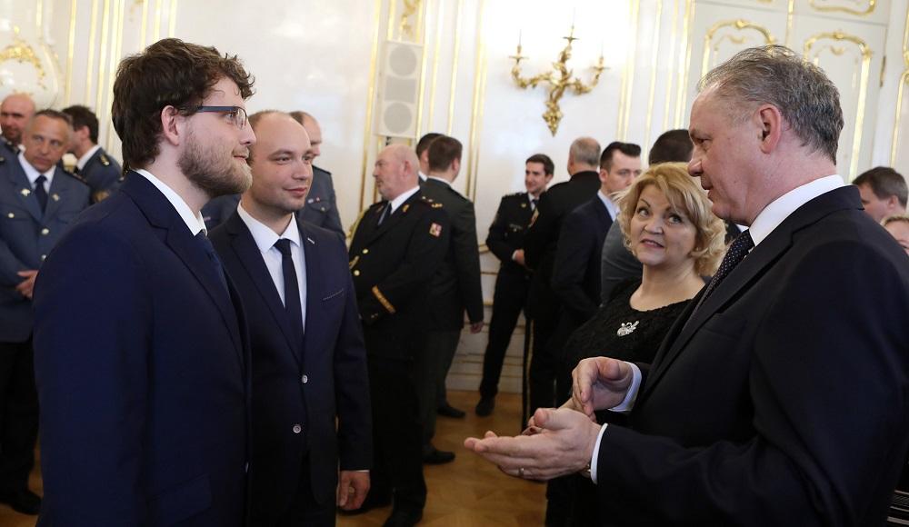 Prezident prijal laureátov Zlatého záchranárskeho kríža