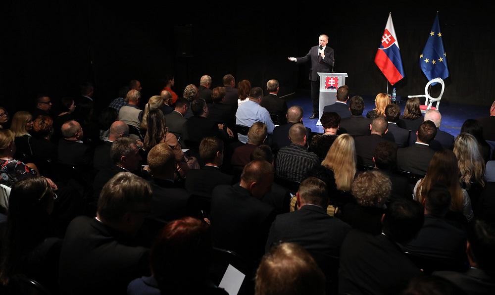 Prezident upozornil na dopravu v Žiline, diskutoval s osobnosťami