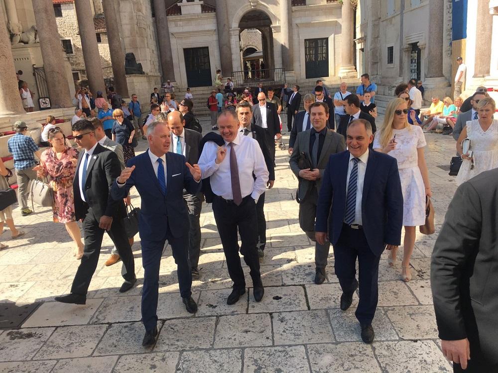 Kiska otvoril konzulát v Splite a odhalil bustu Kukučína